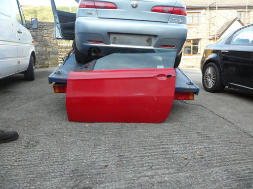 ALFA GT N/S DOOR IN RED 04-11