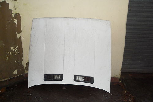ALFA SPRINT BONNET IN WHITE 77-88